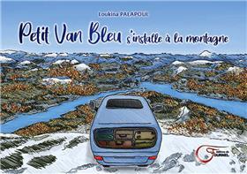 Petit Van Bleu S´Installe À La Montagne